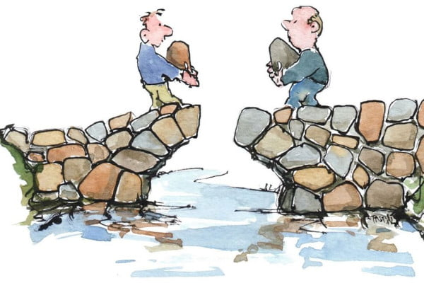 Habilidades sociales. Hombres que construyen un puente el uno hacia el otro